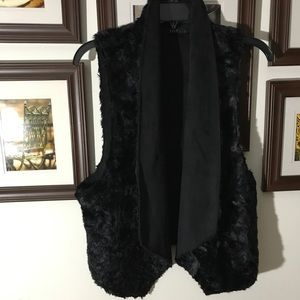 NEW FAUX FUR VEST TART COLLECTIONS BLACK